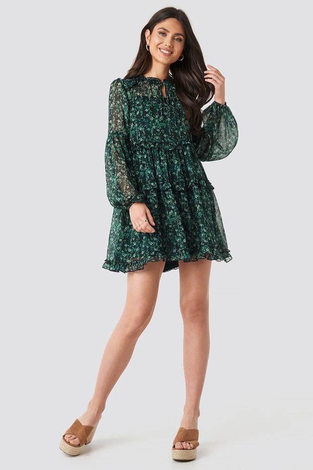 Multi-Frills LS Chiffon Dress Green Outfit.
