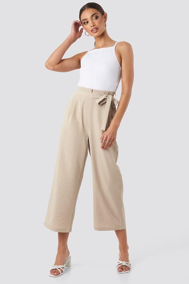 Paperwaist Self-Tie Pant Beige Outift.
