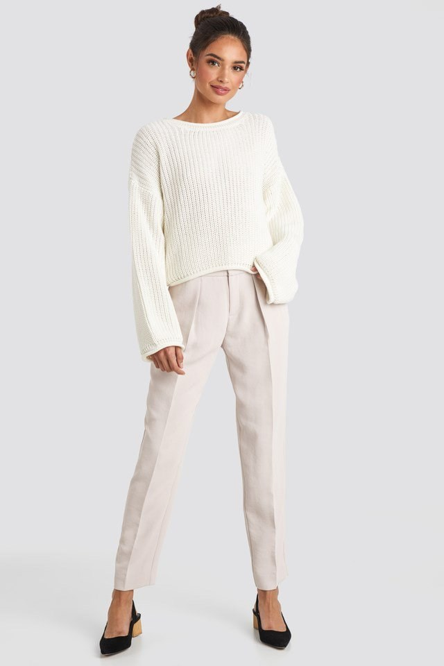 Cropped Boat Neck Knitted Sweater White Outfit