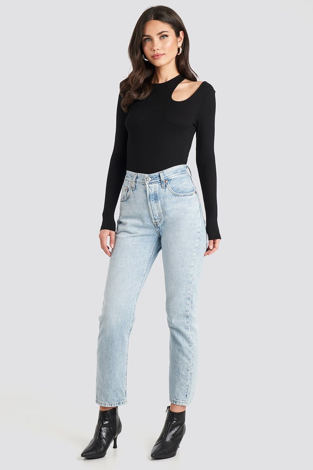 Cut Out Long Sleeve Top Black Outfit.