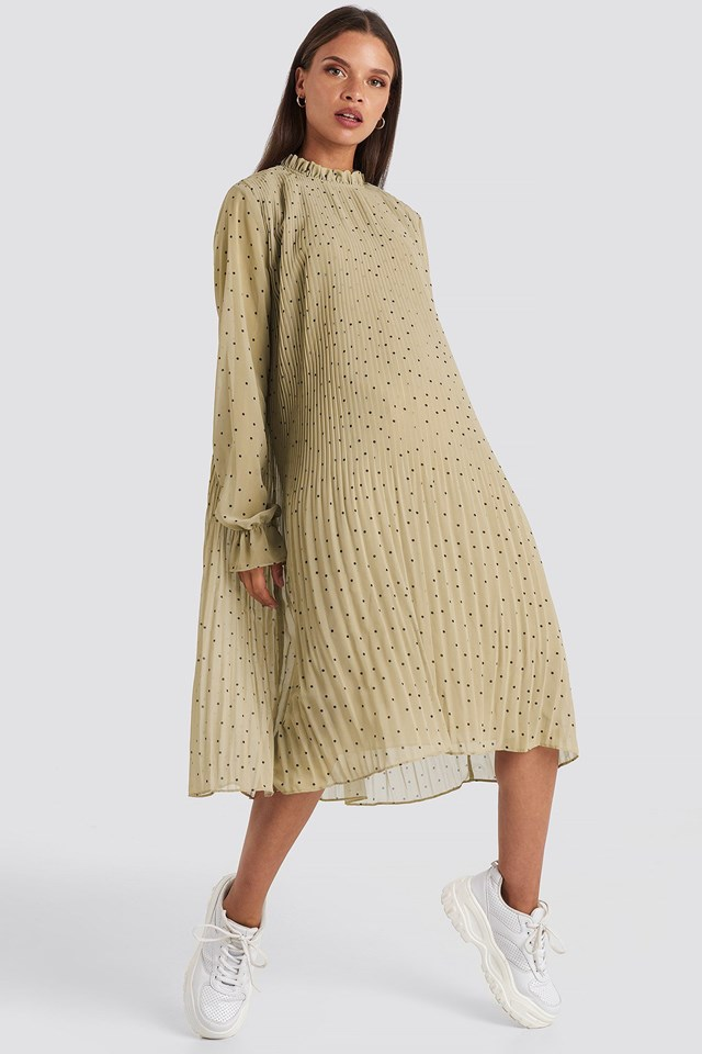 Pleated Dotted Dress Beige Outfit.