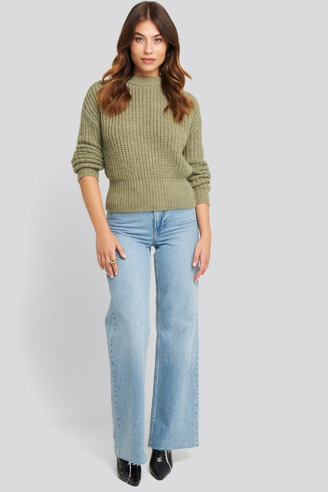 Chunky Ribbed Wool Blend Sweater Outfit