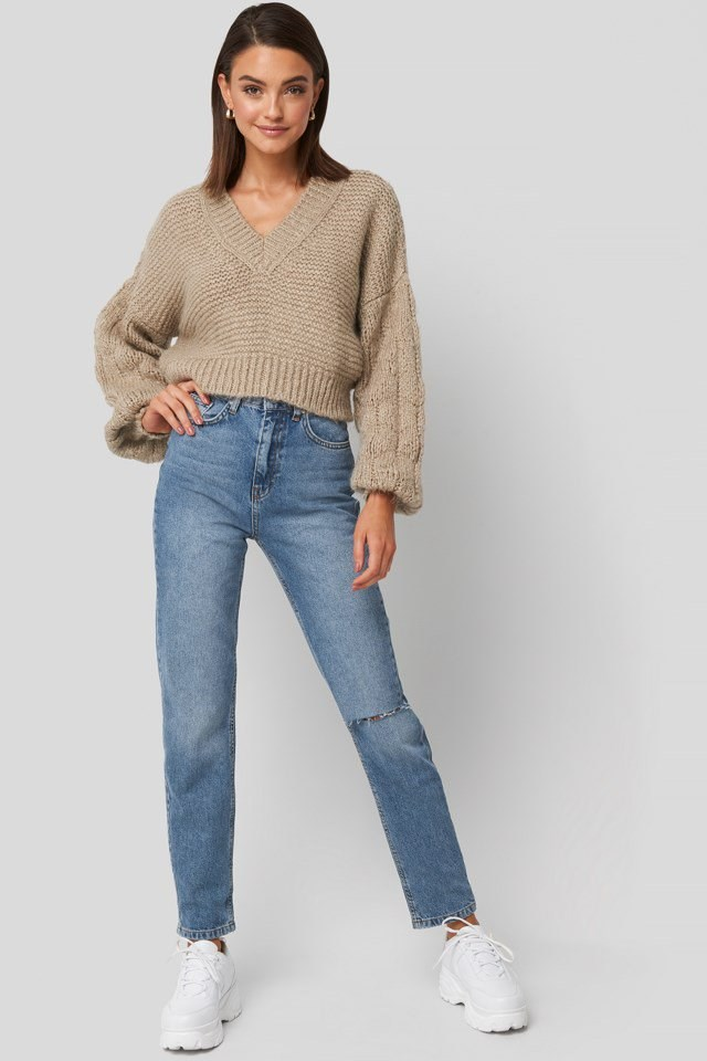 Bulky Sleeve Heavy Knit Sweater Beige Outfit