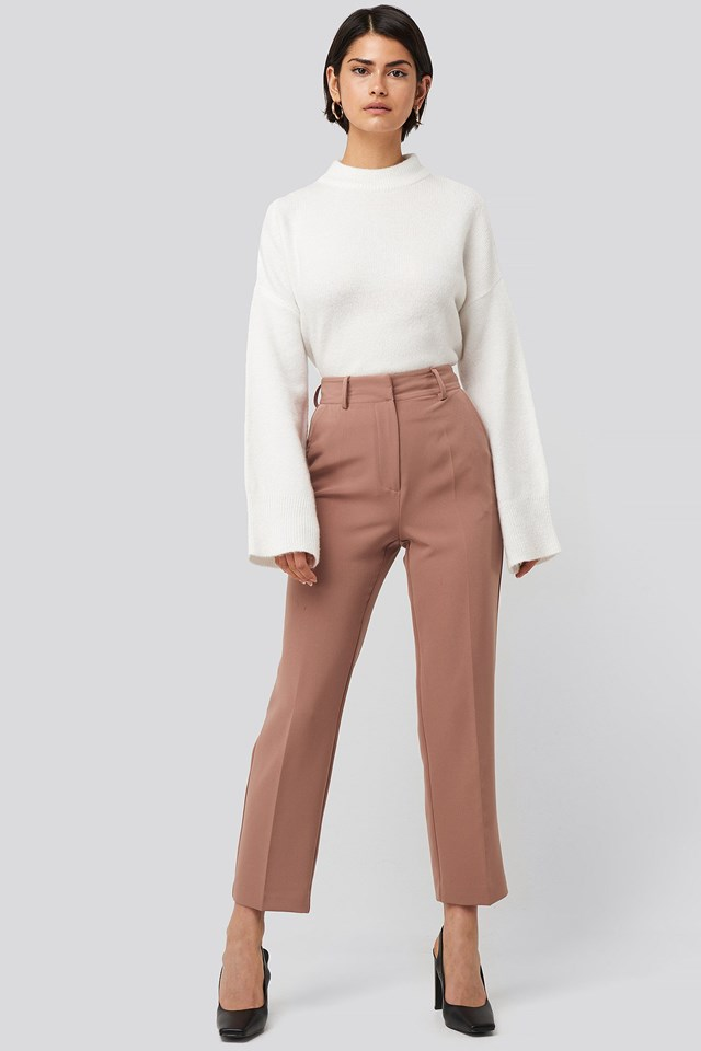 Tailored Cropped Suit Pants Pink Outfit.