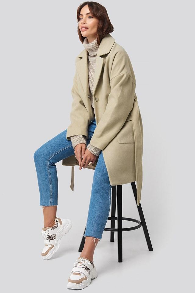 Oversized Midi Coat Beige Outfit