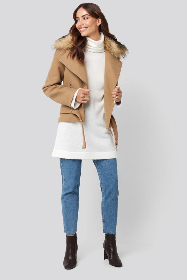 Faux Fur Collar Biker Jacket Beige Outfit.