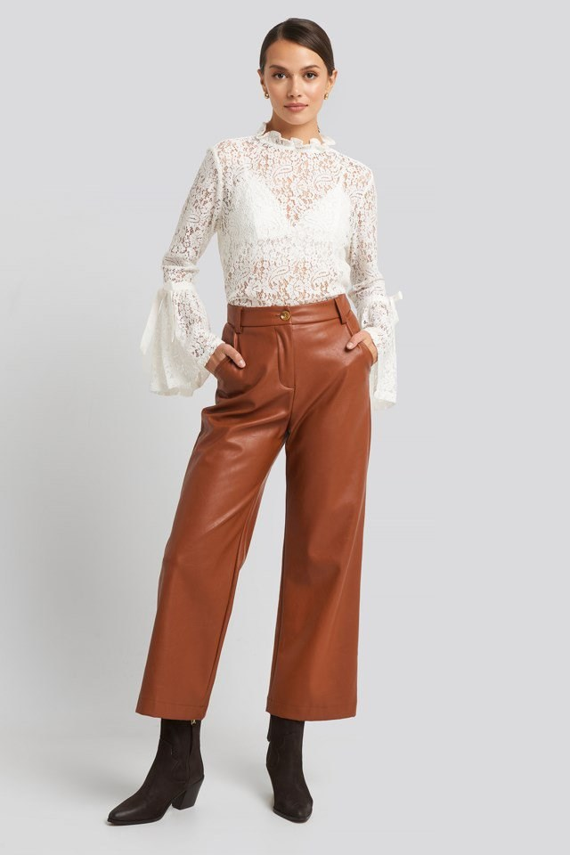 Wide Sleeve Lace Top Look