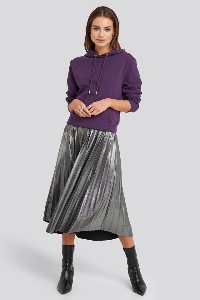 Midi Pleated Skirt Silver Outfit.
