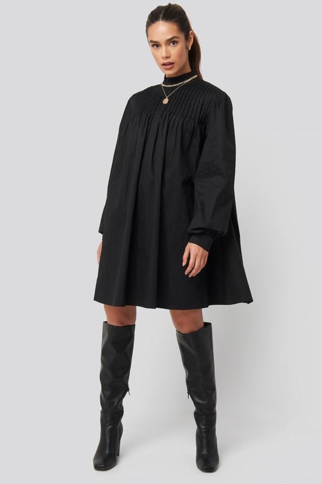 Ruffle Detail Short Dress Look