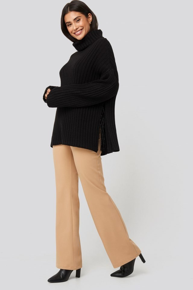 Side Slit Oversized Knitted Sweater Outfit