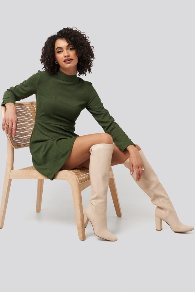 Mini Velvet Dress Green Outfit