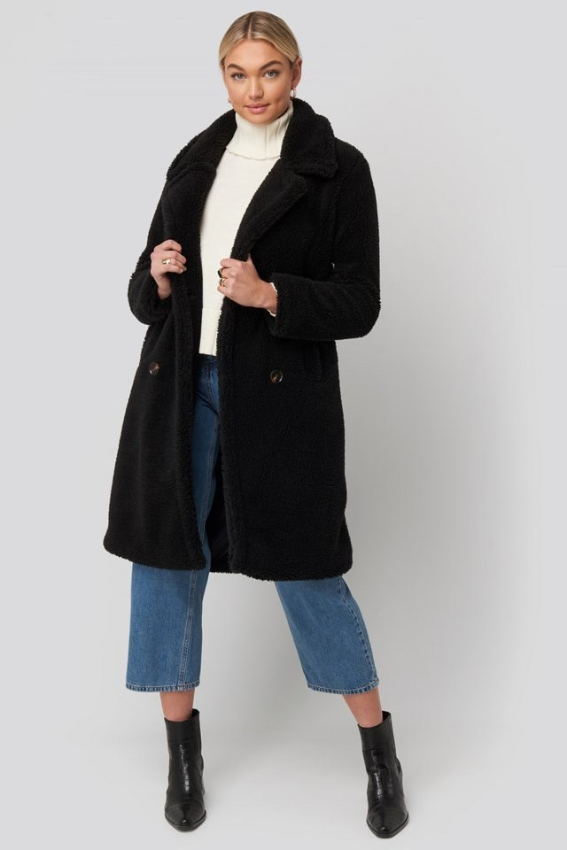 Long Teddy Coat Black Outfit