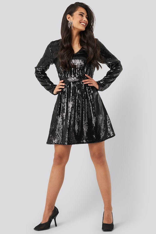 Heavy Long Sleeve Sequin Dress Black Outfit
