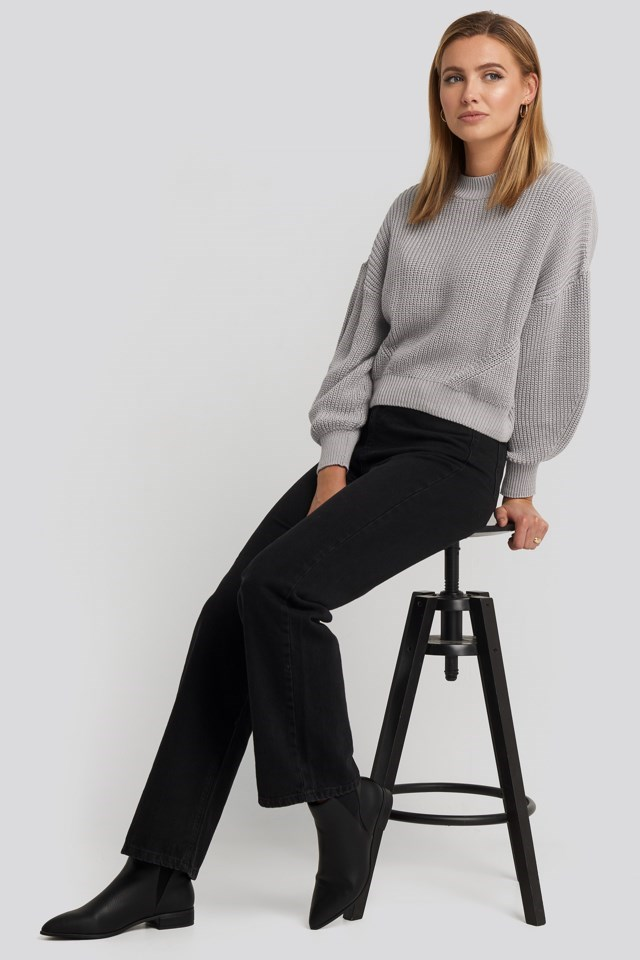 Oversized Sleeve Round Neck Sweater Outfit.