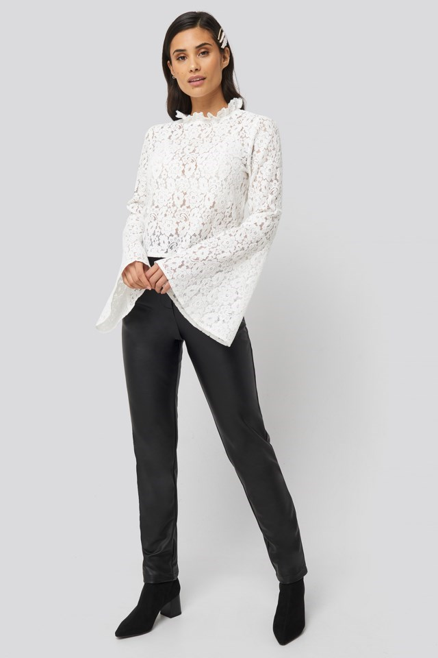 Berlin Blouse White Outfit