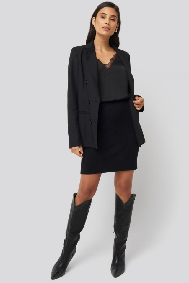 London Blazer Black Outfit