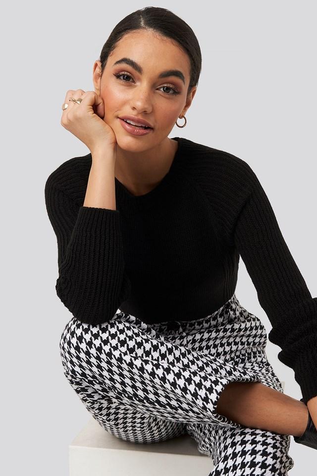 Crew Neck Basic Knitted Sweater Trendyol