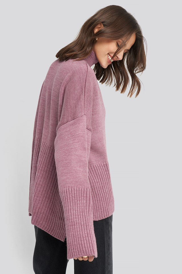 Vertical Neck Sweater Fuchsia
