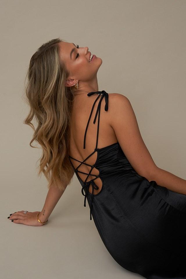 Tie Back Strap Dress Black