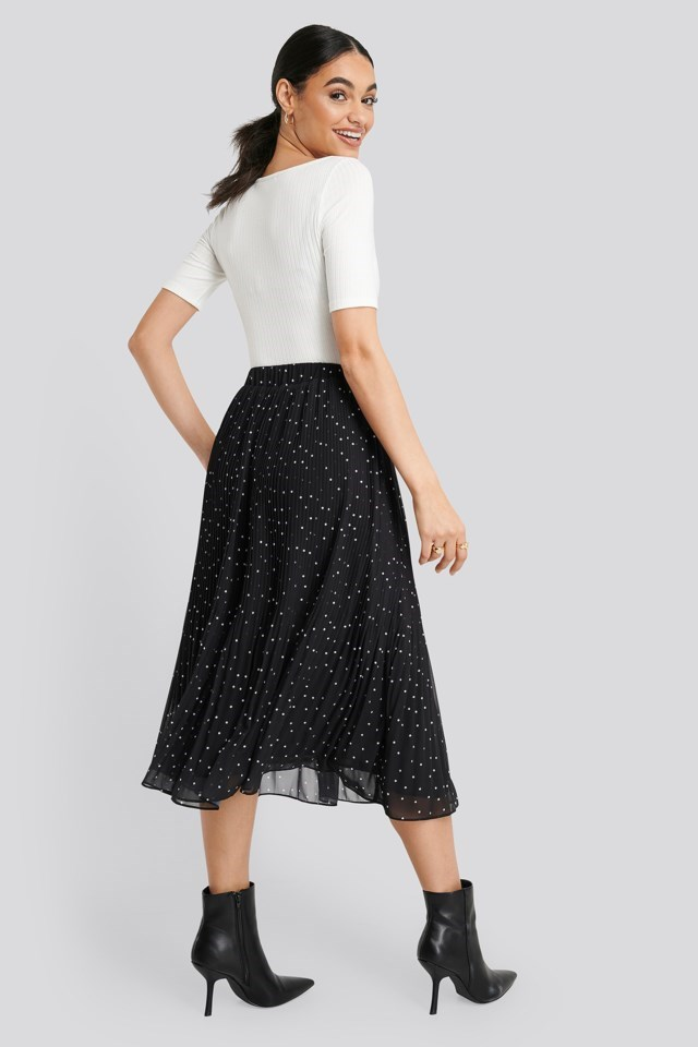 Pleated Dotted Skirt