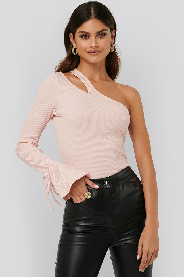 Cut Out Ribbed Top Creme