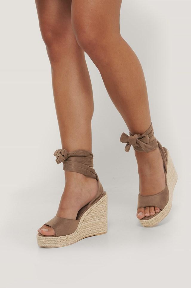 Tie Ankle Wedge Heel Sandal Brown