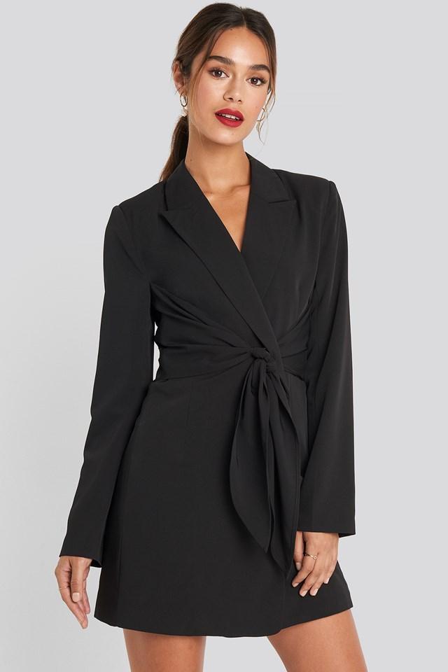 Tie Short Blazer Dress Chloé B x NA-KD