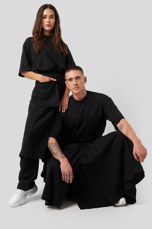Pleated Asymmetric Pocket Skirt Black