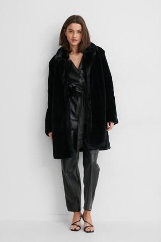 Black Marked Shoulder Faux Fur Coat