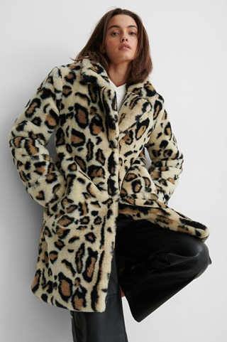 Leopard Marked Shoulder Faux Fur Coat