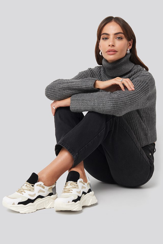 Sporty Chunky Sole Sneakers Black/White