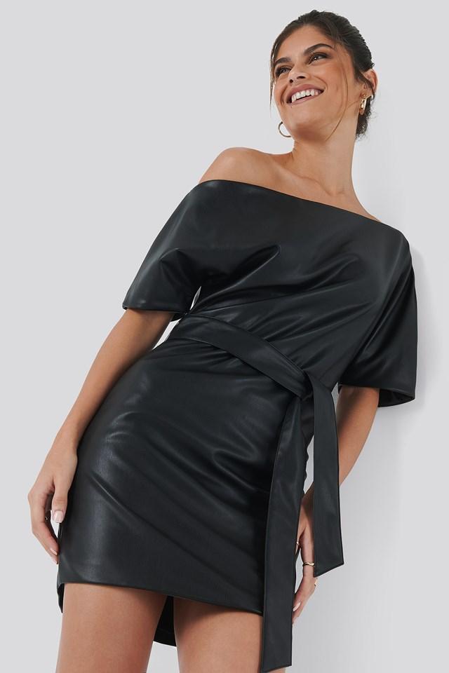 Off Shoulder PU Dress Hannalicious x NA-KD