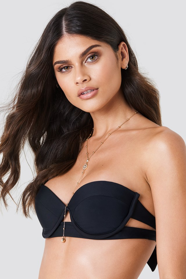 Side Cut Bikini Top Black