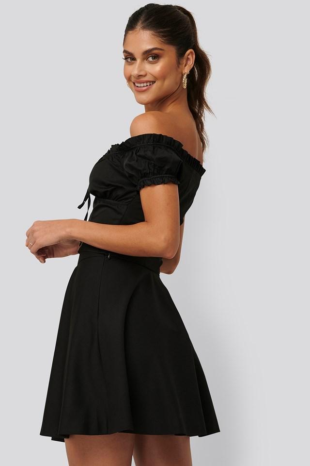 Flowy Mini Skirt Jldrae x NA-KD