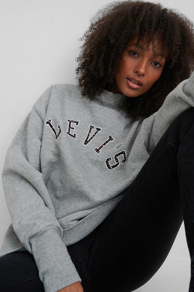 Gardenia Sweater Grey