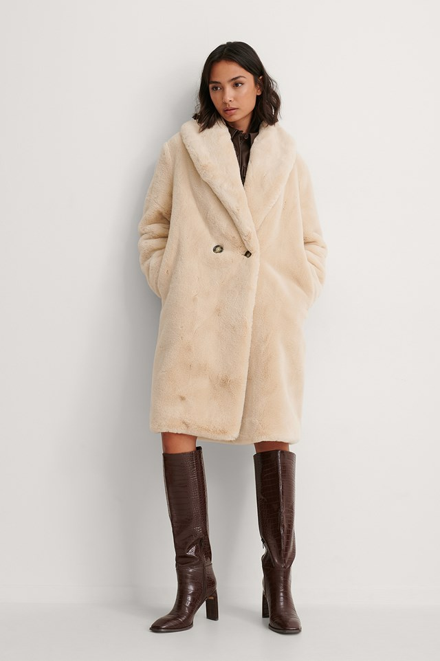 Light Beige Chilly Coat