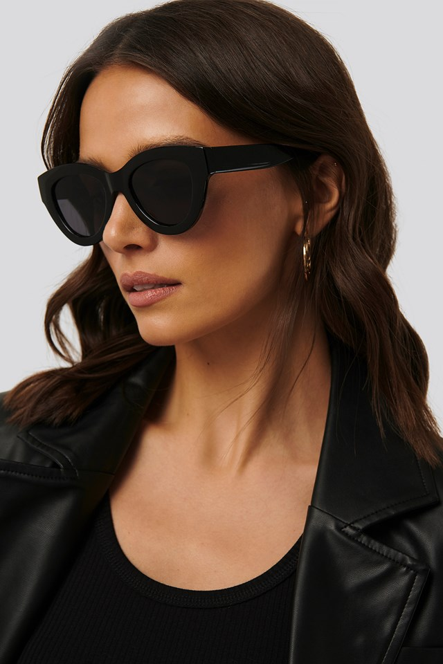 Pia Sunglasses Black