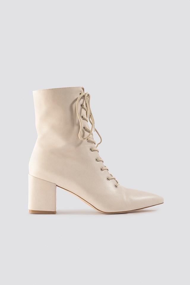 Lined Up Boots Milena Karl x NA-KD