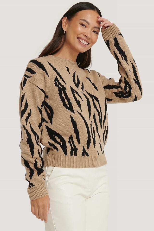Animal Knitted Round Neck Sweater beige/Black