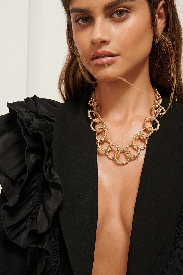 Twisted Chunky Chain Necklace Gold
