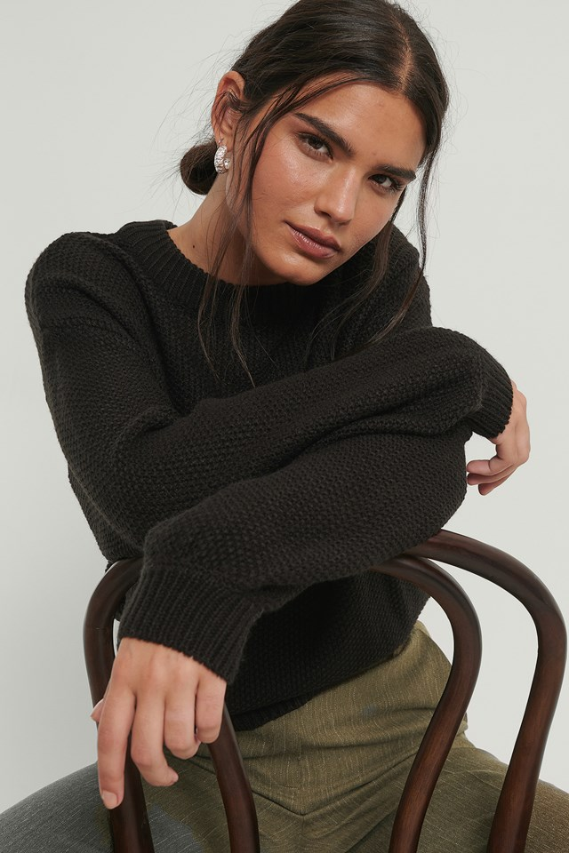 Balloon Sleeve Knitted Cropped Sweater Black