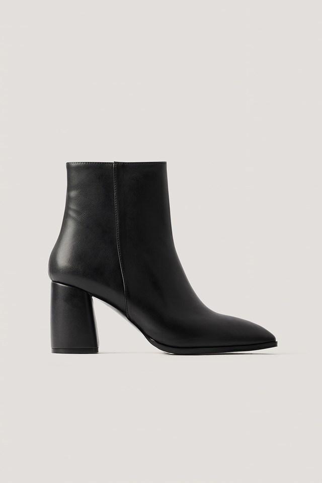 Basic Block Heel Boots Black