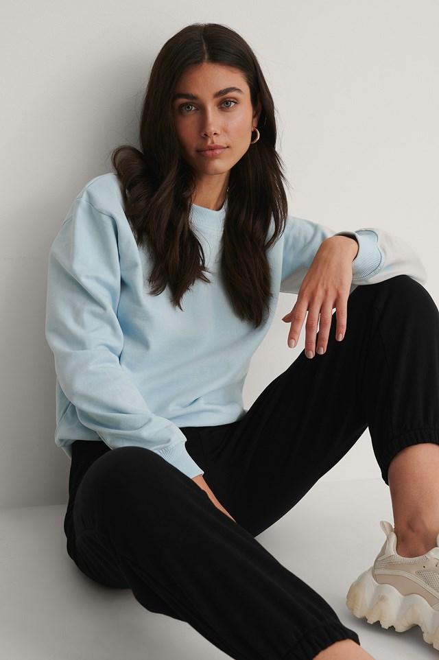 Basic Sweater Light Blue