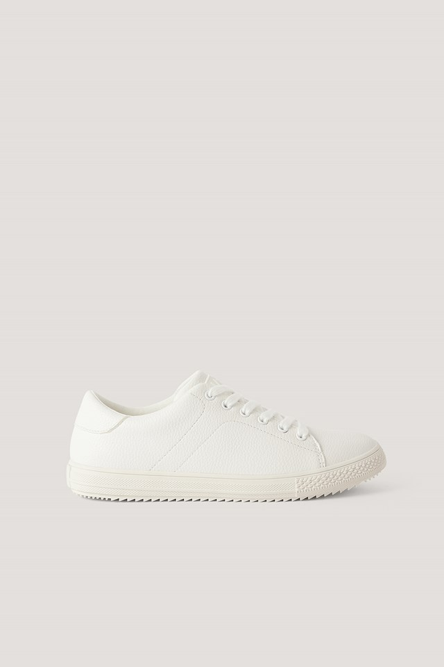 Basic Tennis Trainers White