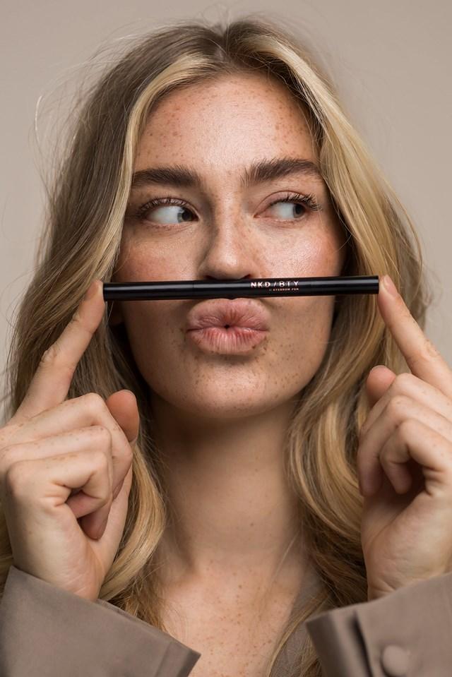 Eyebrow Pencil Blonde