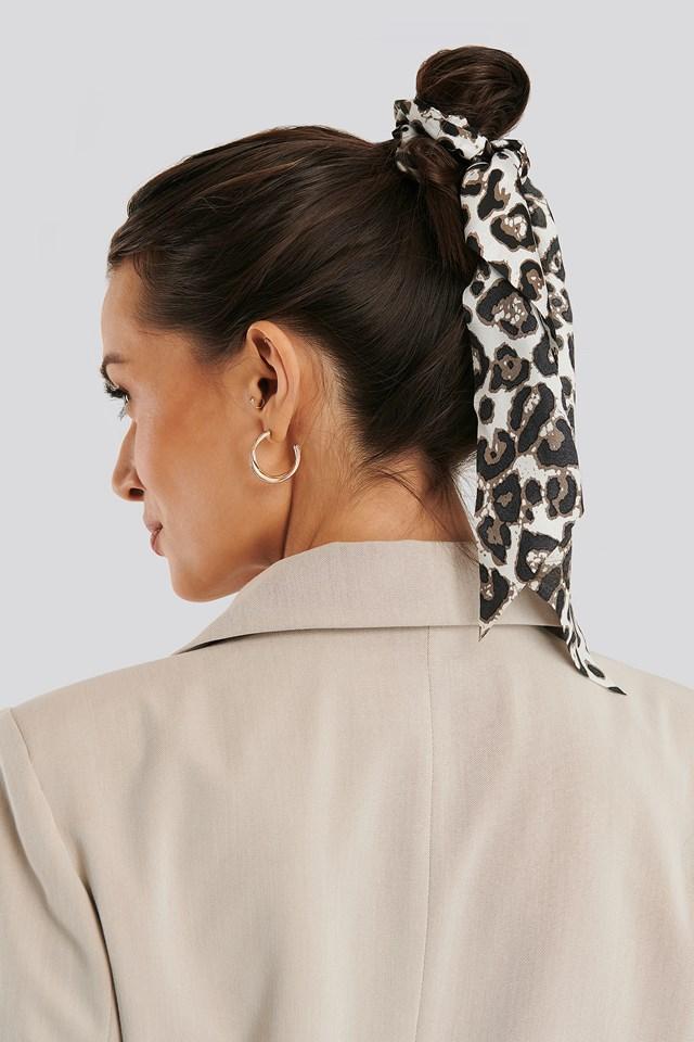 Leo Patterned Big Ribbon Scrunchie Leopard