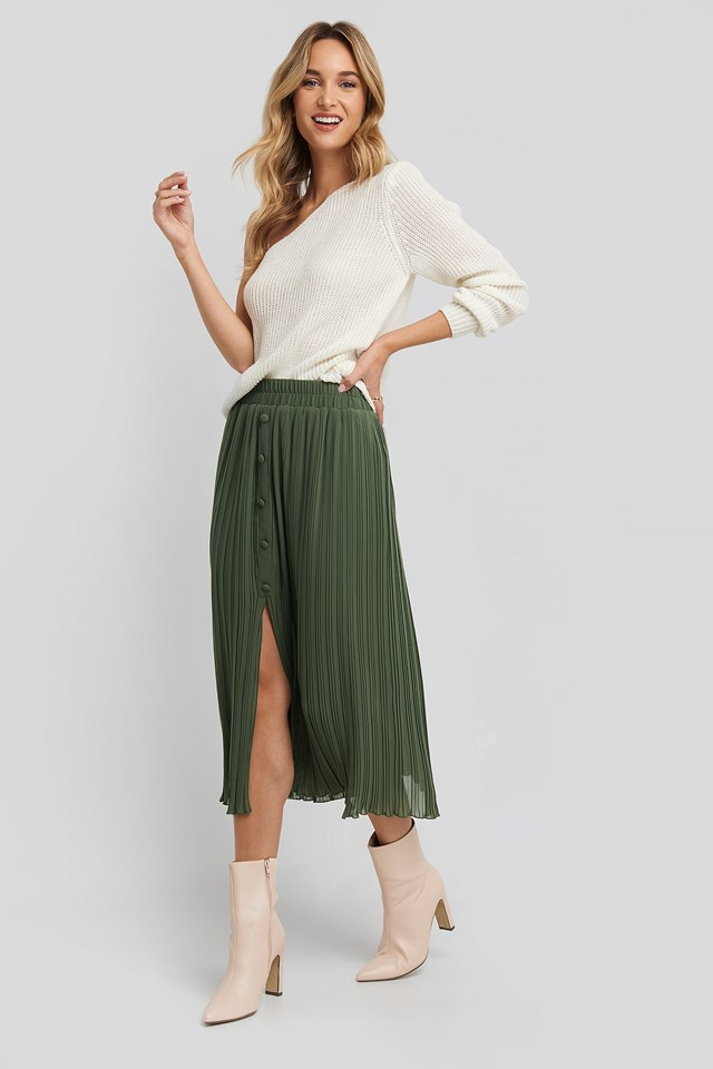 Button Detail Pleated Skirt Green