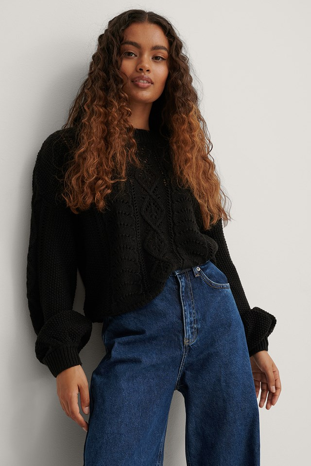 Black Cable Knitted Cropped Sweater