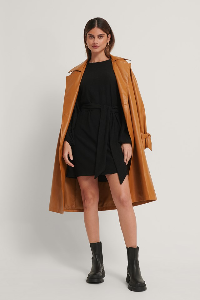 Crepe Belted Dress Black