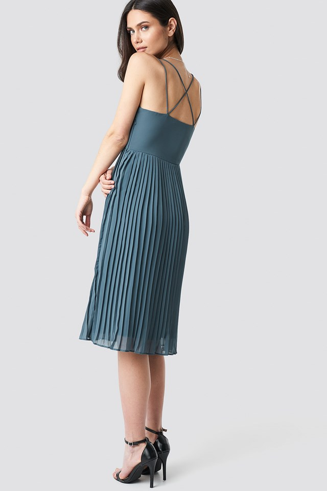 Cross Back Pleated Midi Dress NA-KD Party
